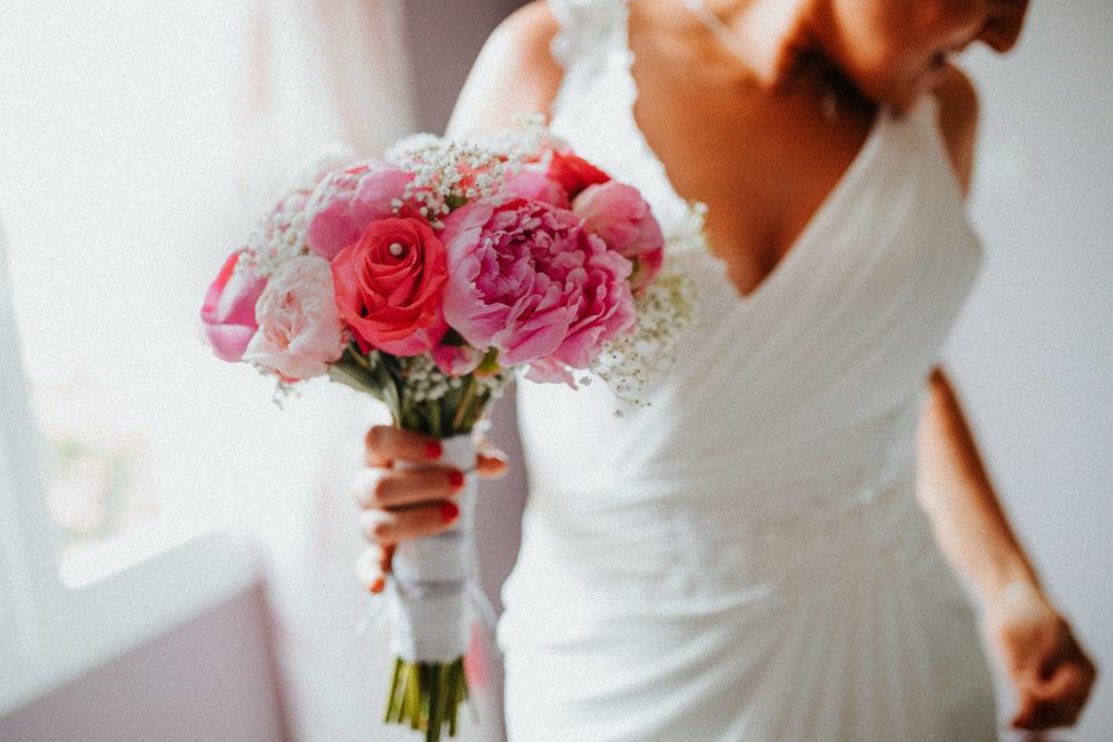 reportage mariage beziers- photographe lifestyle geneve- photographe famille french riviera- cannes - grasse - bouquet de mariee - elleseteux photographie