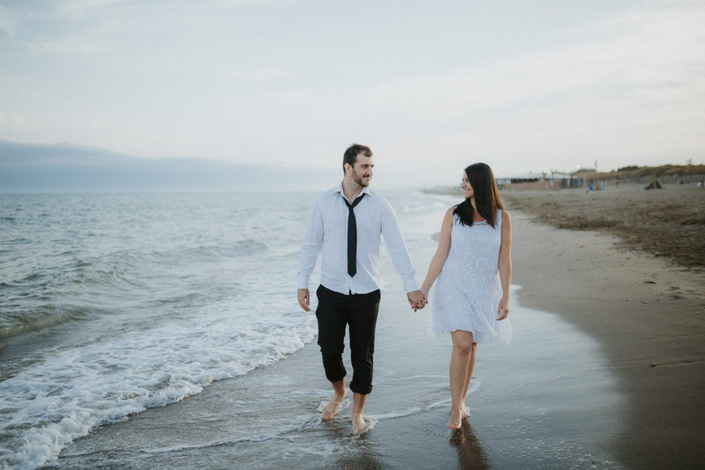 séance couple à la plage- photographe mariage béziers- wedding photographer french riviera- photographe mariage alpes maritimes- elleseteuxphotographie